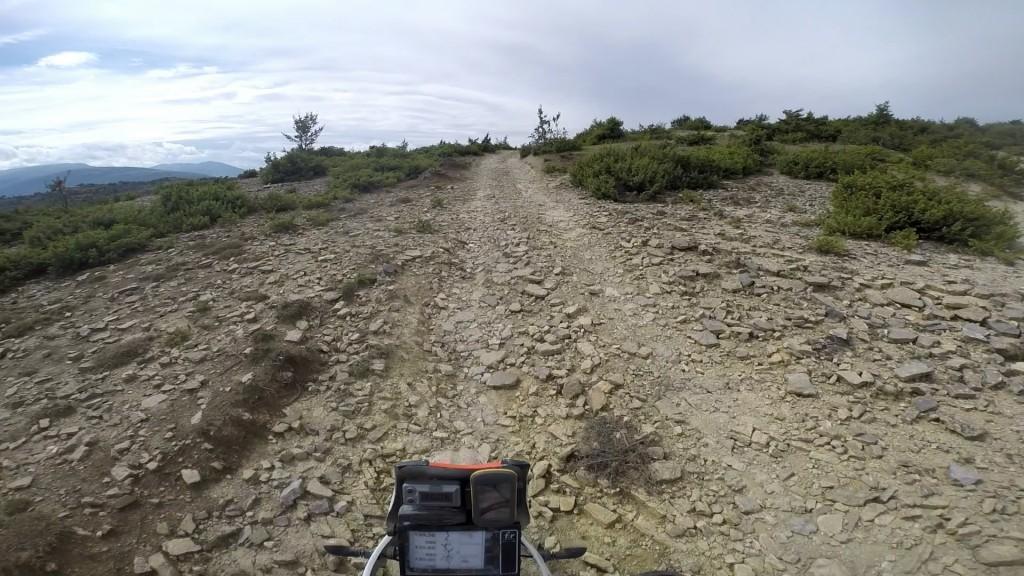 Fast gravel road